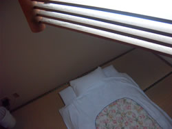 快適にご利用いただけるようお布団は清潔に保っております。