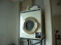 乾燥機は3階にご用意しております。